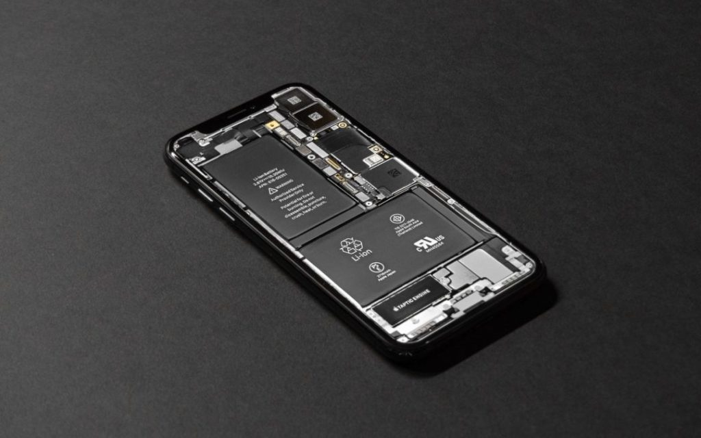 Is your iPhone battery draining faster than you think it should? iOS 13's Battery screen can shed light on the situation, whether it's a dying battery or a rogue app. Learn more. | AustinMacWorks.com