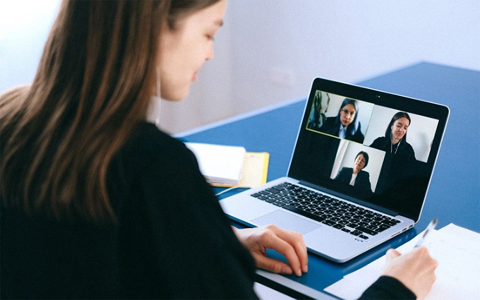 Why are video calls so exhausting when all you're doing is sitting around and talking? Here's the word from Stanford University researchers, along with advice on making those non-stop calls less tiring. | AustinMacWorks.com